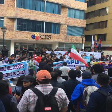 La lucha de los docente ecuatorianos en defensa de su dignidad