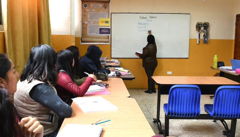 Realidad de docente en la educación superior en tiempos de contingencia por la pandemia
